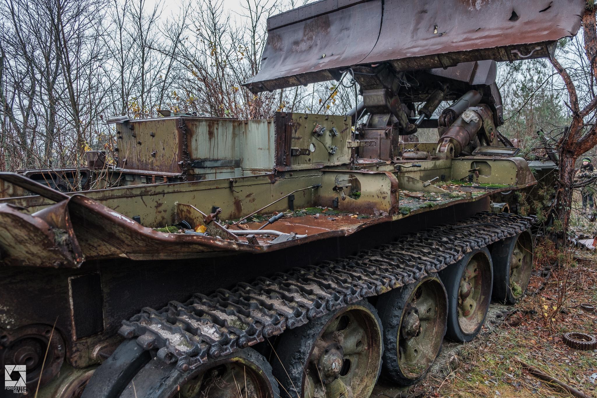 Abandoned Vehicles on Yaniv Station